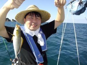 イサギ大漁♫ 良型サイズで大満足(๑≧౪≦)2