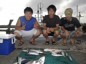 1真夏の船釣り楽しい アジ・コロダイ釣れたよ2