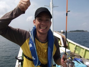 大きなアジやカツオが釣れて楽しかった(*´∀`*)3