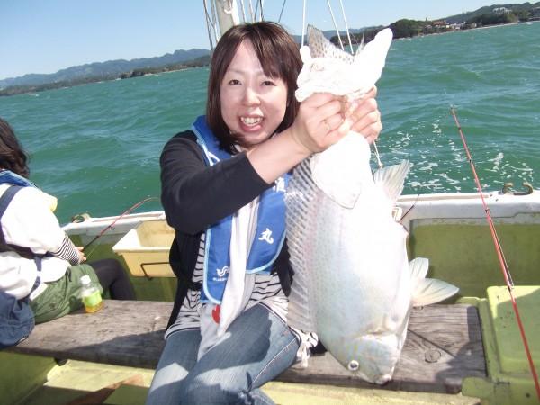 こんなデッカイ魚釣っちゃいました(コロダイ)♪1