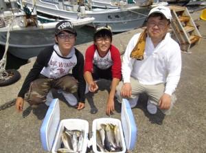 船釣りめっちゃ楽しい(๑≧౪≦)3