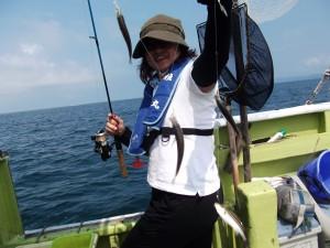 大きなアジやカツオが釣れて楽しかった(*´∀`*)2